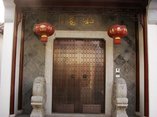铜艺用在铜门上历史发展